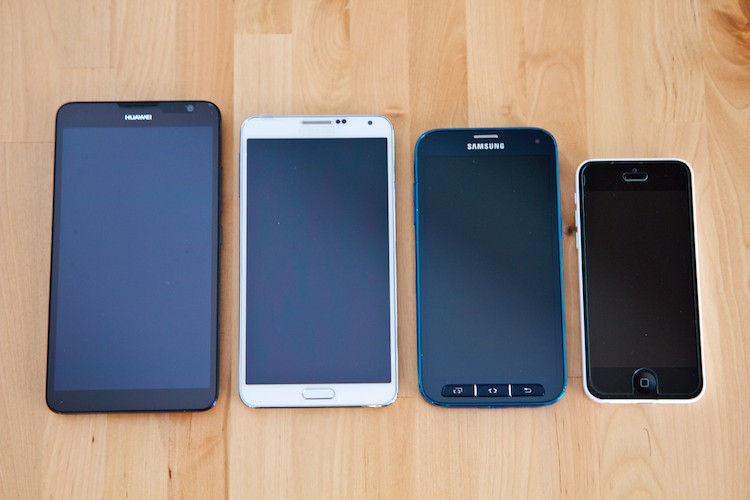 From left to right: Huawei Ascend Mate 2, Samsung Note 3, Samsung Galaxy S5 Sport, Apple iPhone 5C