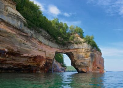 8 Must See Places to Visit in Michigan this Winter