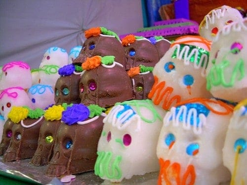 how-to-make-day-of-the-dead-sugar-skulls