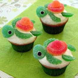 Squirt Happy Turtle Cupakes