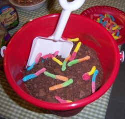 Dirt and Worms Pudding Dessert Isn't Just for Halloween!