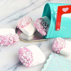 Make Valentine Chocolate Dipped Marshmallows for Your Sweetheart