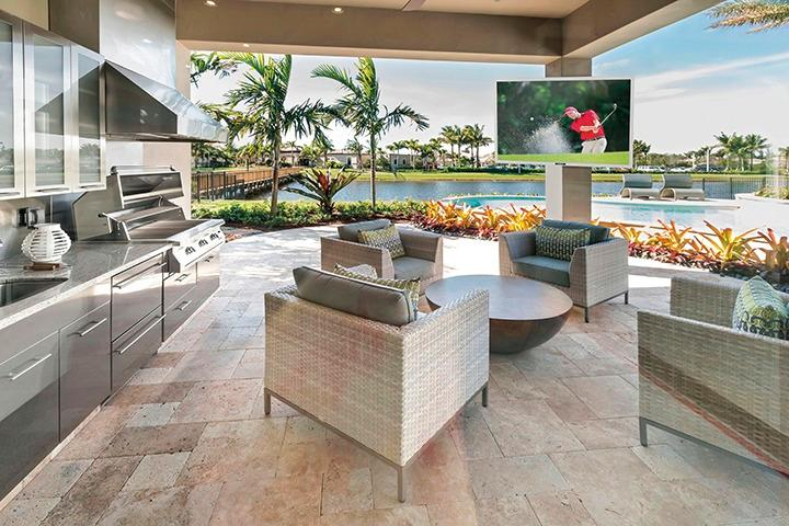 5 Reasons to Create an Amazing Outdoor Living Space