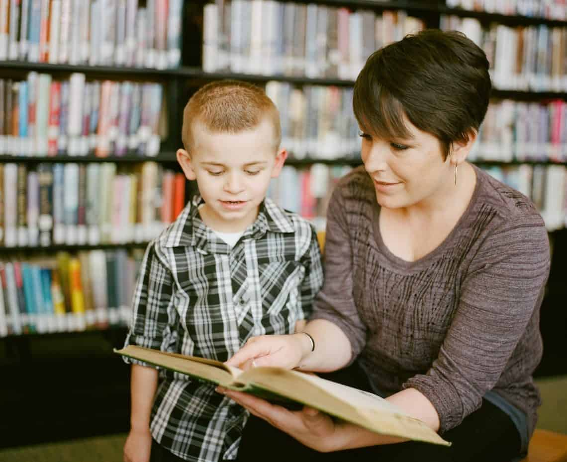 teaching kids to read with high frequency dolch sight words