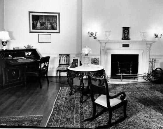 This is the spot of the famous Winston Churchill sighting where he says the Lincoln Ghost was leaning against this mantlepiece.
