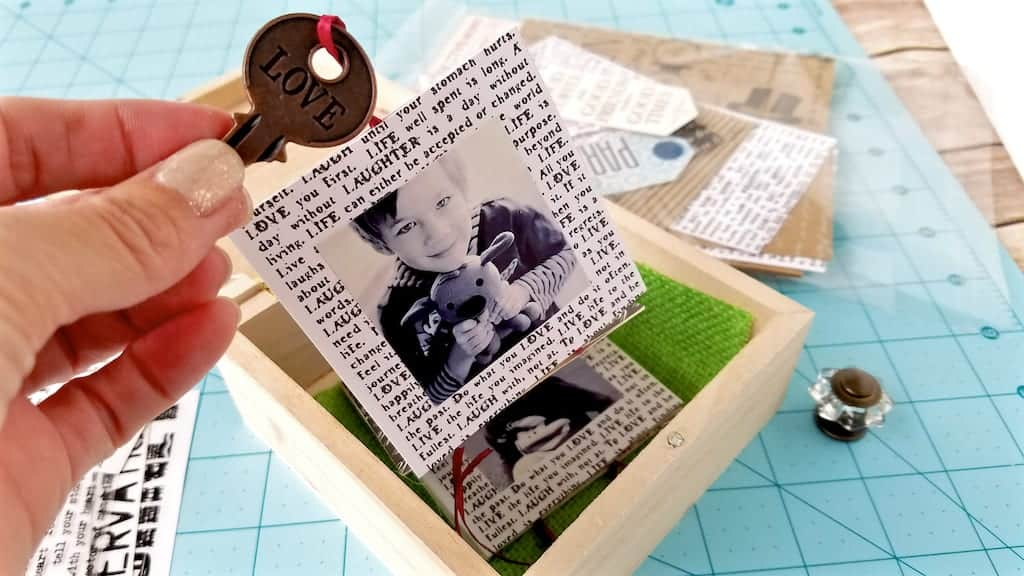 how to make a diy memory box with pull out photos pull