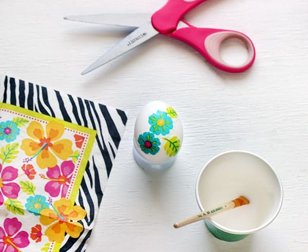 Unusual Ways to Decorate Easter Eggs 5