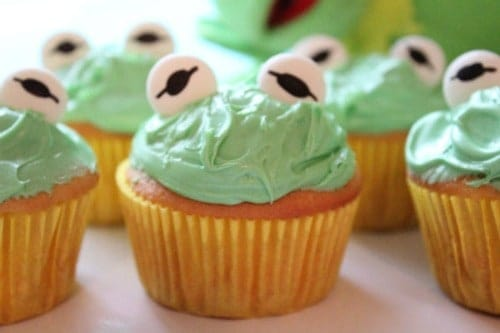Kermit The Frog Cupcakes